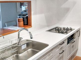 キッチンリフォーム お客様こだわりの、収納が増えて使いやすいキッチン