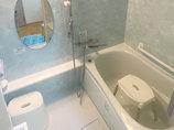 バスルームリフォーム水色を基調としサイズアップしたユニットバス
