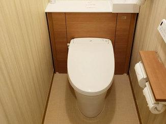 トイレリフォーム スッキリとした空間と使いやすい機能を搭載したトイレ